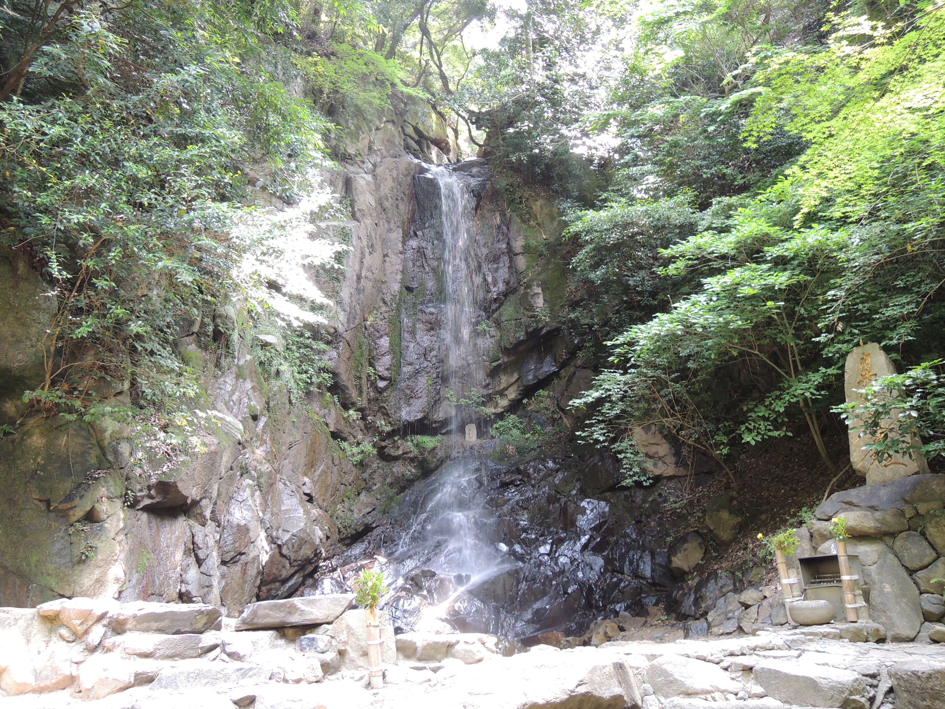 パワースポット【関西】 大自然の癒しならココ!桃尾の滝